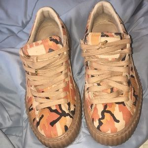 Rihanna Creeper sneaker in orange camo
